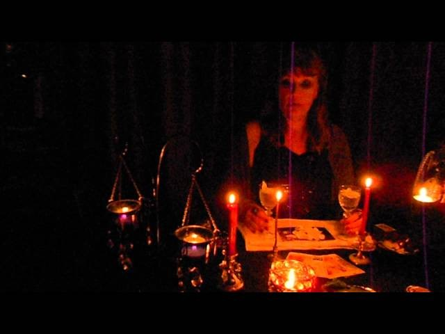 приворот на возврат мужа в семью при помощи свечи