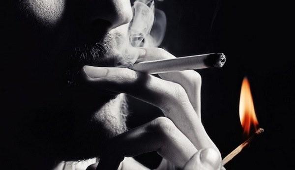 приворот парня с сигаретой